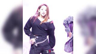 Korean Pop Music: Gugudan - Mina 11