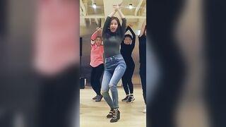 Korean Pop Music: SNSD -Seohyun