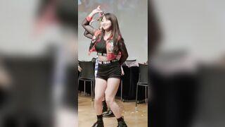 Korean Pop Music: Twice - Jihyo 27