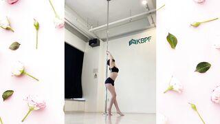 Sori Pole Dance - K-pop