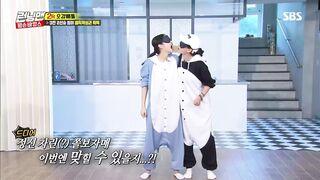 Korean Pop Music: Jennie & Song Jihyo