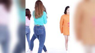 Twice - Sana & Tzuyu - K-pop