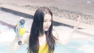 Red Velvet - Irene Red Summer Throwback - K-pop