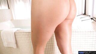 Natalie Brooks GF and BF Bathroom Sex